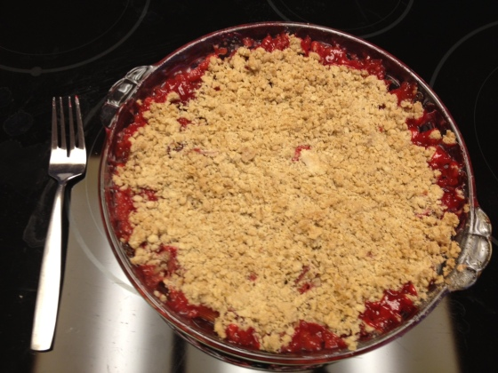 Rhubarb Strawberry Crumble (Gluten Free)
